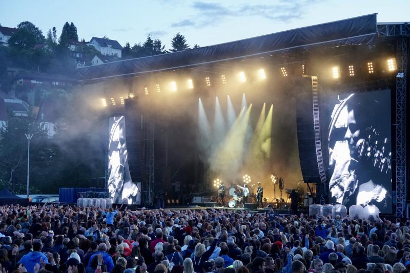 Konzert der Band Silbermond in der Sparkassen-Arena
