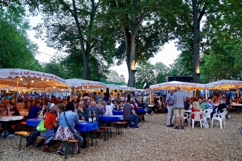 Beim Hessentag wurde die Idee geboren, das Weinfest in den Bereich rund um die Stiftsruine zu verlegen – das kann nun erst nächstes Jahr geschehen